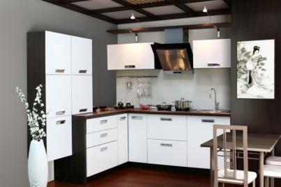 """Кухонный гарнитур """"Белый глянец"""" 2200мм х 2100мм"""